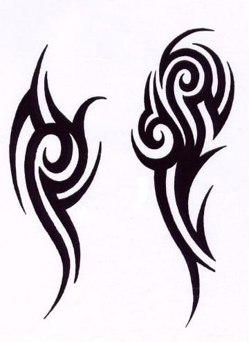 tattoos tribales en el brazo verticales