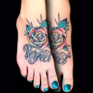 tatuajes en el empeine para mujer a colores