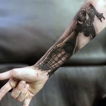 tatuajes del hombre araña blanco y negro