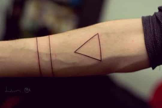 tatuajes minimalistas para hombres geometrico