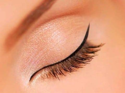 tatuaje delineado de ojos imagenes