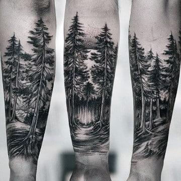 tatuajes de bosques en el brazo pinos
