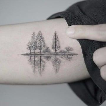 tatuajes de bosques en el brazo significado