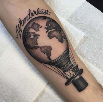 tatuajes de globos aerostaticos con frase