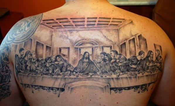 tatuajes de la ultima cena en la espalda