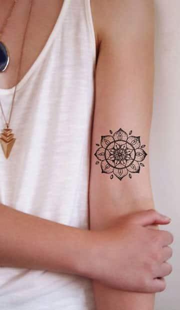 tatuajes de mandalas para mujeres brazo