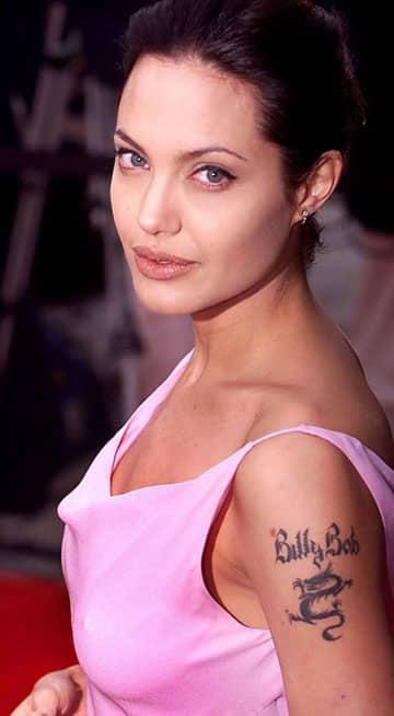 tatuajes de mujeres famosas Angelina