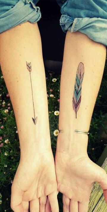 tatuajes de plumas de colores facil
