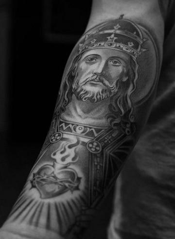 tatuajes del sagrado corazon cristo rey