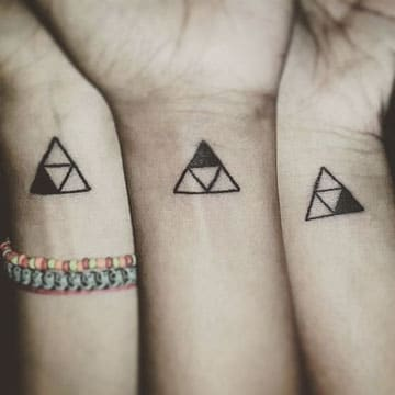 tatuajes para 3 hermanos muñeca