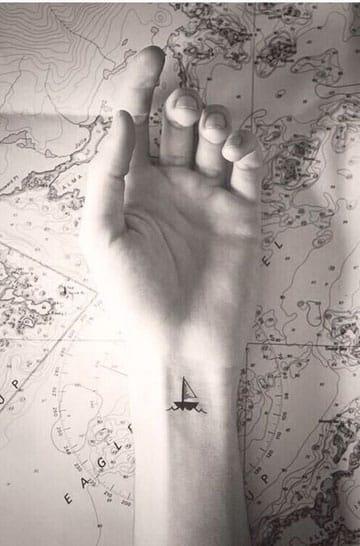 tatuajes relacionados con el mar muñeca