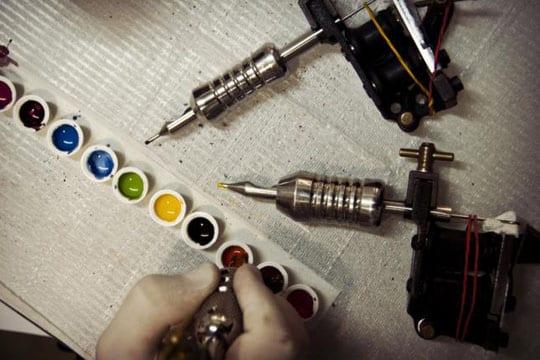 tipos de tinta para tatuajes uso