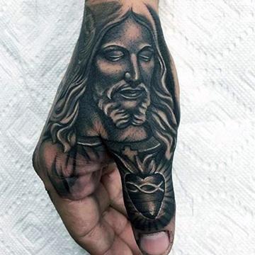 tatuajes cristianos para hombre en mano