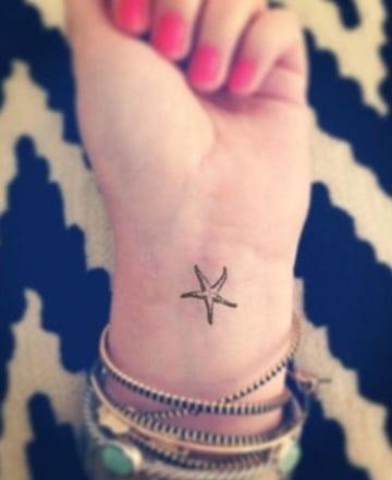 tatuajes de estrellas de mar pequeña