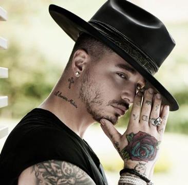 Tatuajes De Moda Para Hombres En El Cuello Sfb
