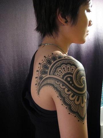 tatuajes tribales mayas en brazo