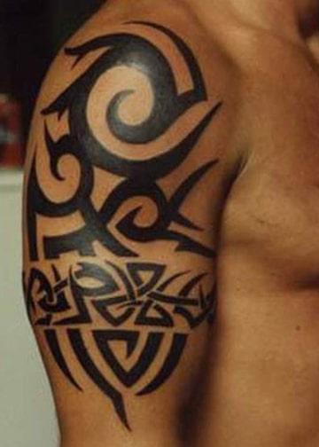 diseños de tatuajes tribales para hombre