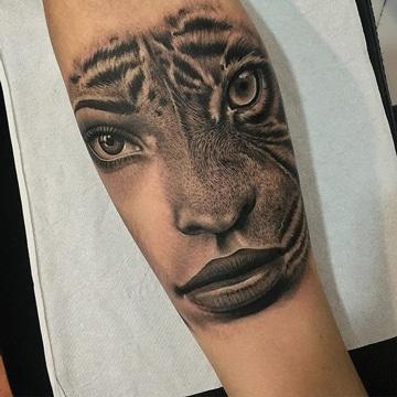 tatuajes de caras de mujeres felinas