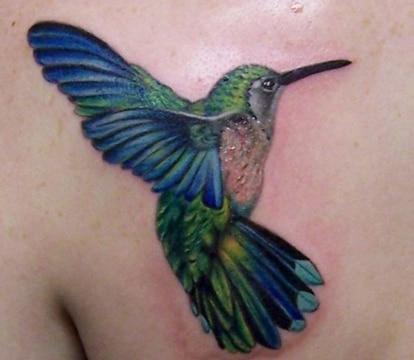 tatuajes de colibries en 3d coloridos
