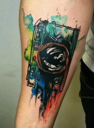 tatuajes en acuarela para hombres fotografos