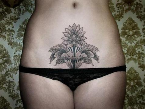 tatuajes en el pubis para mujer ideas