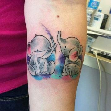 tatuajes tiernos para mujeres de animales