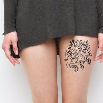 significado de rosas en tatuajes para mujeres