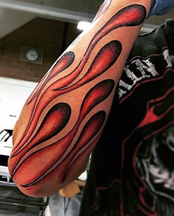 tatuajes de llamas en el brazo ideas
