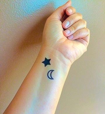 tatuajes de lunas y estrellas significado popular