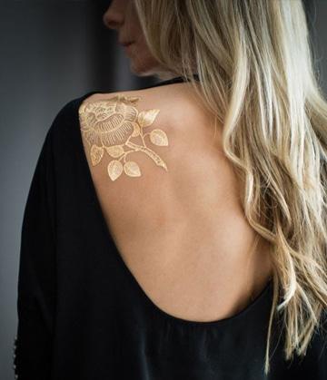 tatuajes dorados permanentes para mujeres