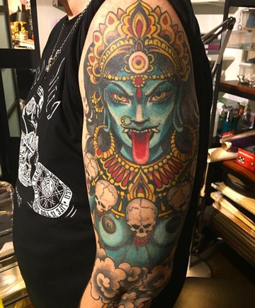 tatuajes hindues para hombres de kali