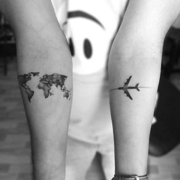 tatuajes de aviones pequeños para viajeros
