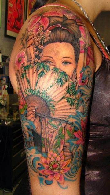 tatuajes japoneses en el brazo geisha
