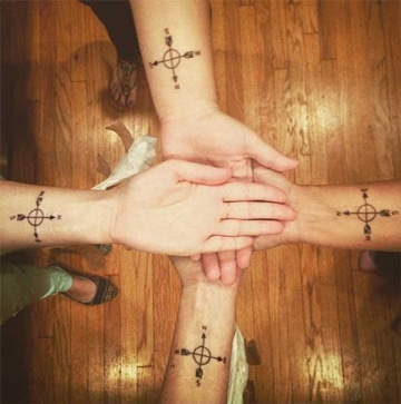 tatuajes que simbolizan amistad y compañerismo