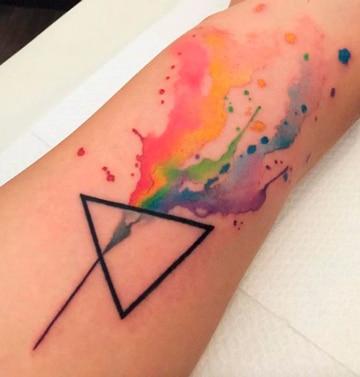 tatuajes de musica para mujeres coloridos