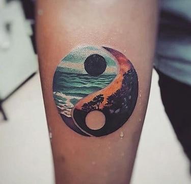 tatuajes que representen la vida yin yang