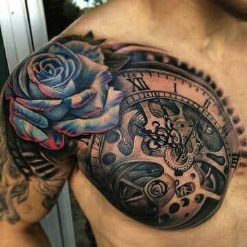 tatuajes de relojes en el hombro con flores