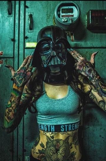 mujeres tatuadas en todo el cuerpo ideas