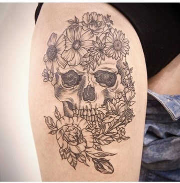 tatuajes de calaveras en la pierna sin color