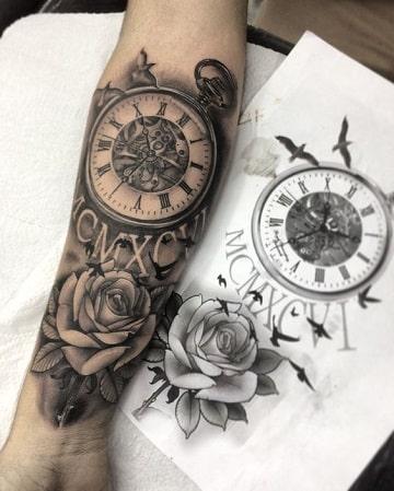 tatuajes de rosas y reloj diseño