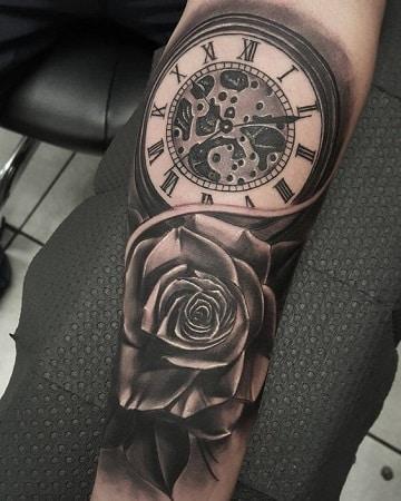 tatuajes de rosas y reloj ideas