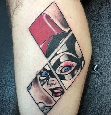 tatuajes que tiene harley quinn en la pierna