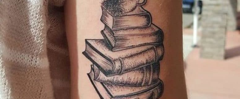 Tatuajes De Libros Para Hombres Wwwimagenesmycom