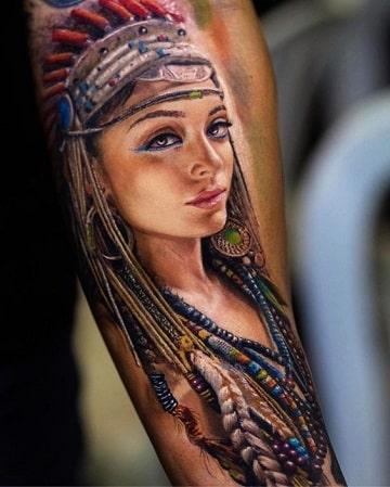 tatuajes para hombres morenos de una mujer