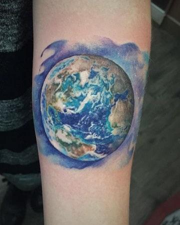 tatuajes del planeta tierra colores