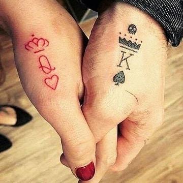 tatuajes pequeños de amor en la mano