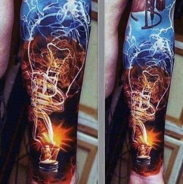 tatuajes coloridos para hombres con luz
