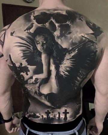 tatuajes de angeles caidos en la espalda