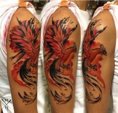 tatuajes de fenix para hombres en el brazo