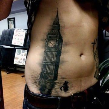 tatuajes en abdomen bajo para hombres realista